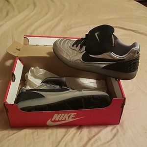 Silver and Black New Nike tennis shoes size 9